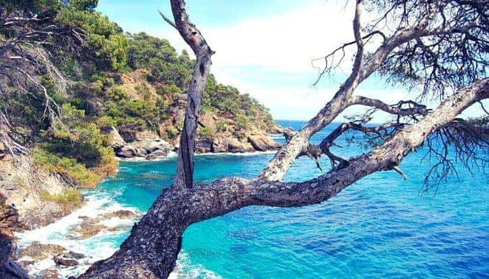 The best time to travel: French Riviera