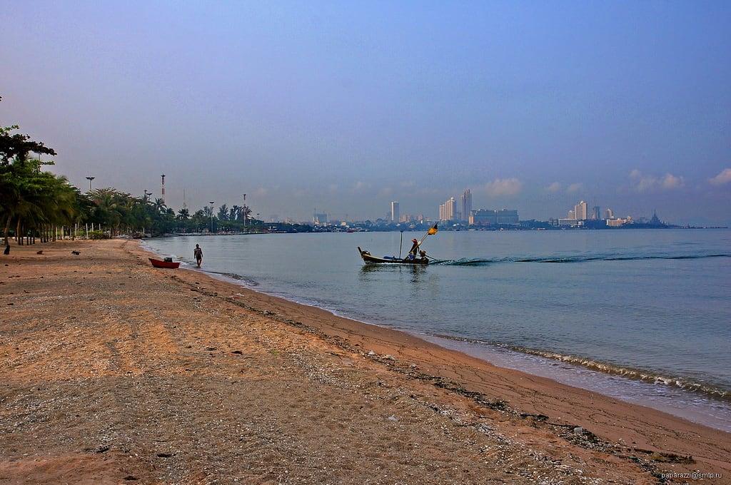 bang saray beach chonb - 1024×680