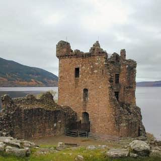 Urquhart Castle, scotland , lochness