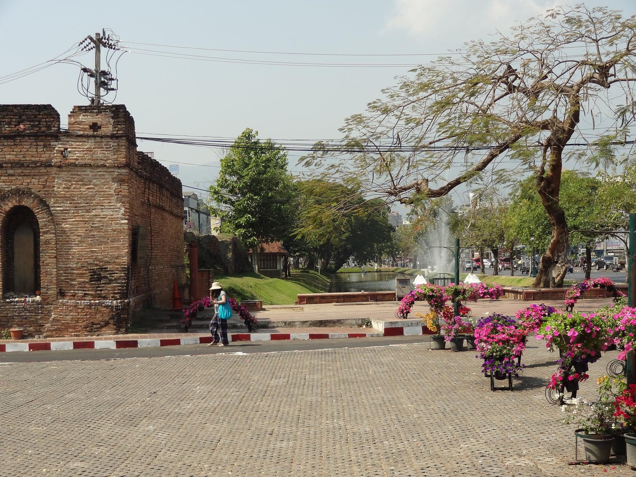 תמונה של Chang Phuak Gate.