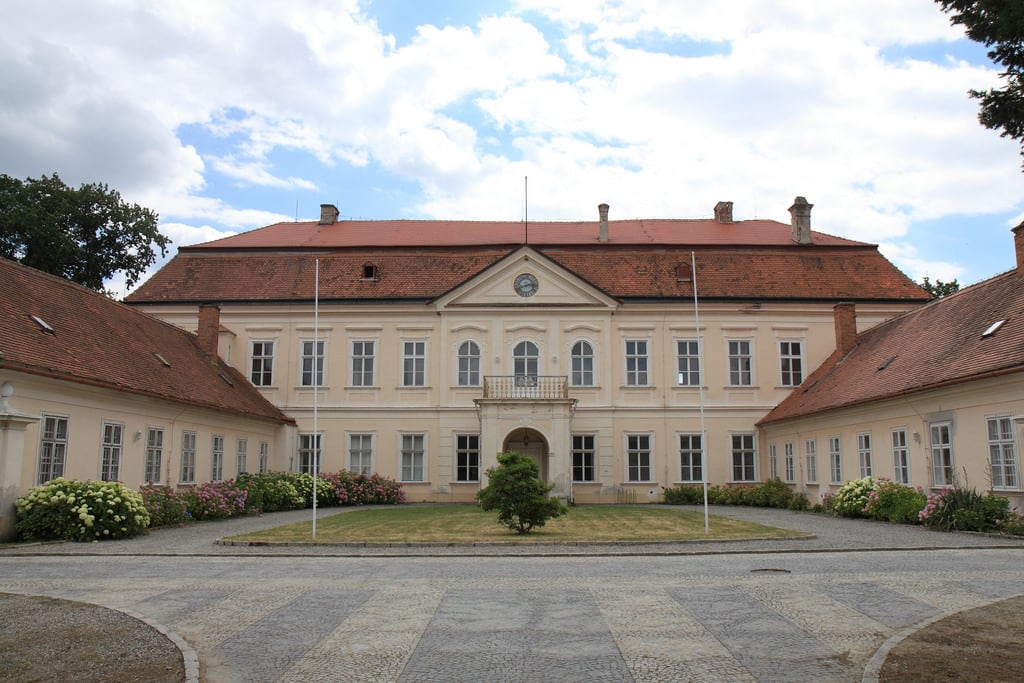 Image of zámek Dukovany. efs1755
