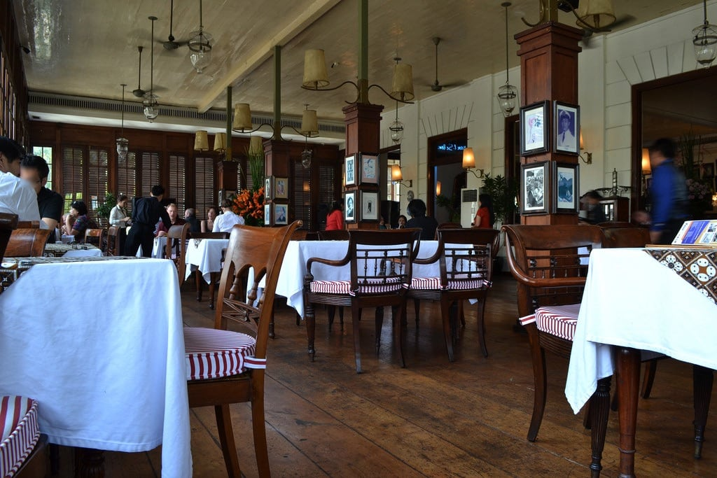 Εικόνα από Cafe Batavia. old building dutch century indonesia java colonial jakarta batavia nederlands oud kota 19th voc