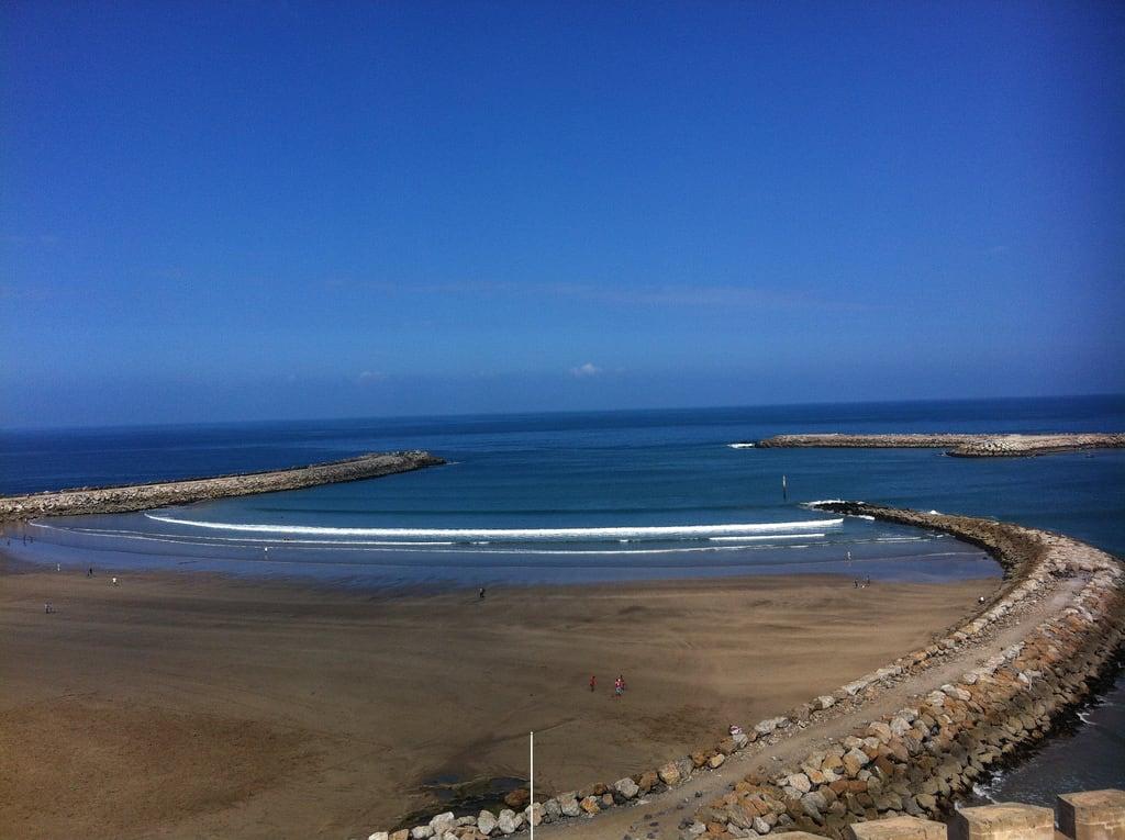 Imagine de Plage de Rabat. ocean view morocco rabat