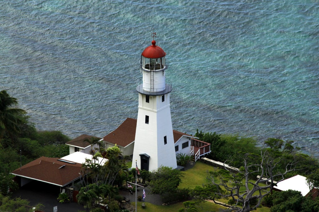 Diamond Head Beach 的形象. ocean park light cliff lighthouse house beach island hawaii oahu head front diamond crater shore diamondhead hi hnl leahi kulei konomark holululu
