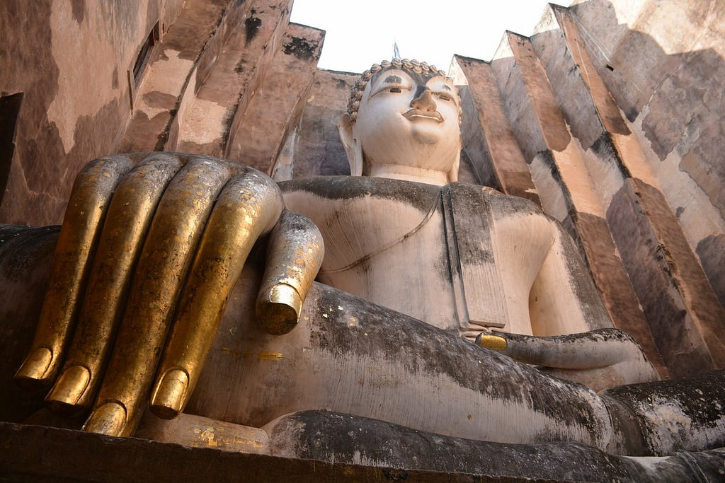 Image of Wat Si Chum. travel nature thailand bangkok culture buddhism temples chiangmai krabi lanna tempel sukhothai lampang kolanta ayutthaya reizen 2014 arps paularps afsdxnikkor18140mm