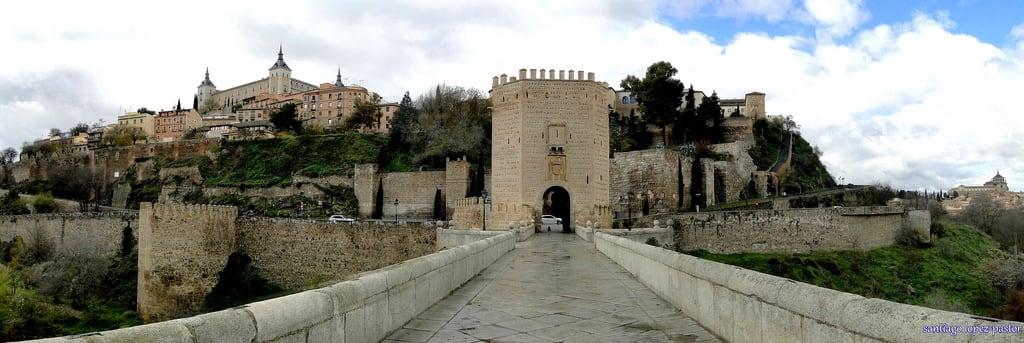 Obrázek Puerta de Alcantara. bridge españa spain medieval toledo pont tajo espagne middleages castilla castillalamancha provinciadetoledo