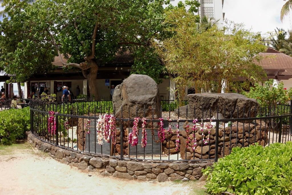 Image de The Stones Of Life. hawaii oahu stonesoflife