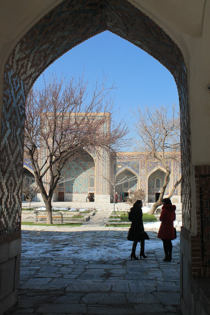 תמונה של Registan square. uzbekistan samarkand architecture asia centralasia culture history historical religiousarchitecture travel traditionalarchitecture houseofworship buildings placeofworship cultureworld travelworld cultureasia exotictravel exoticplaces exoticasia differentplaces unusualdestinations uzbekculture uzbekistanculture persian