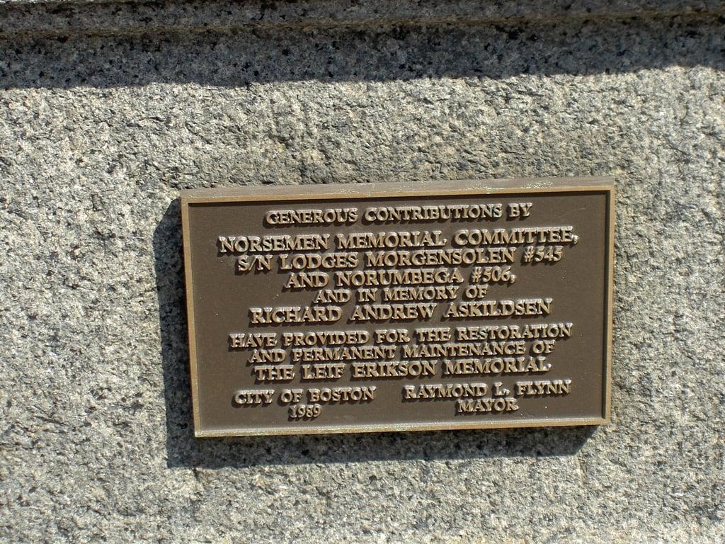 Εικόνα από Leif Ericson. statue boston geotagged ma ericsson eiriksson ericson eriksson leif erikson 02115 geotoolyuancc geolat42349002 geolon71091397 leifr