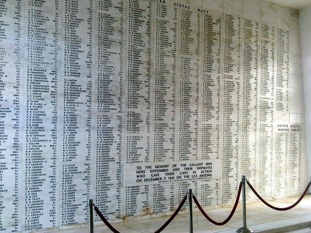 Image de USS Arizona près de 'Aiea. usa writing hawaii boat marine memorial harbour ships navy rope indoors nautical naval base pearlharbour vjday