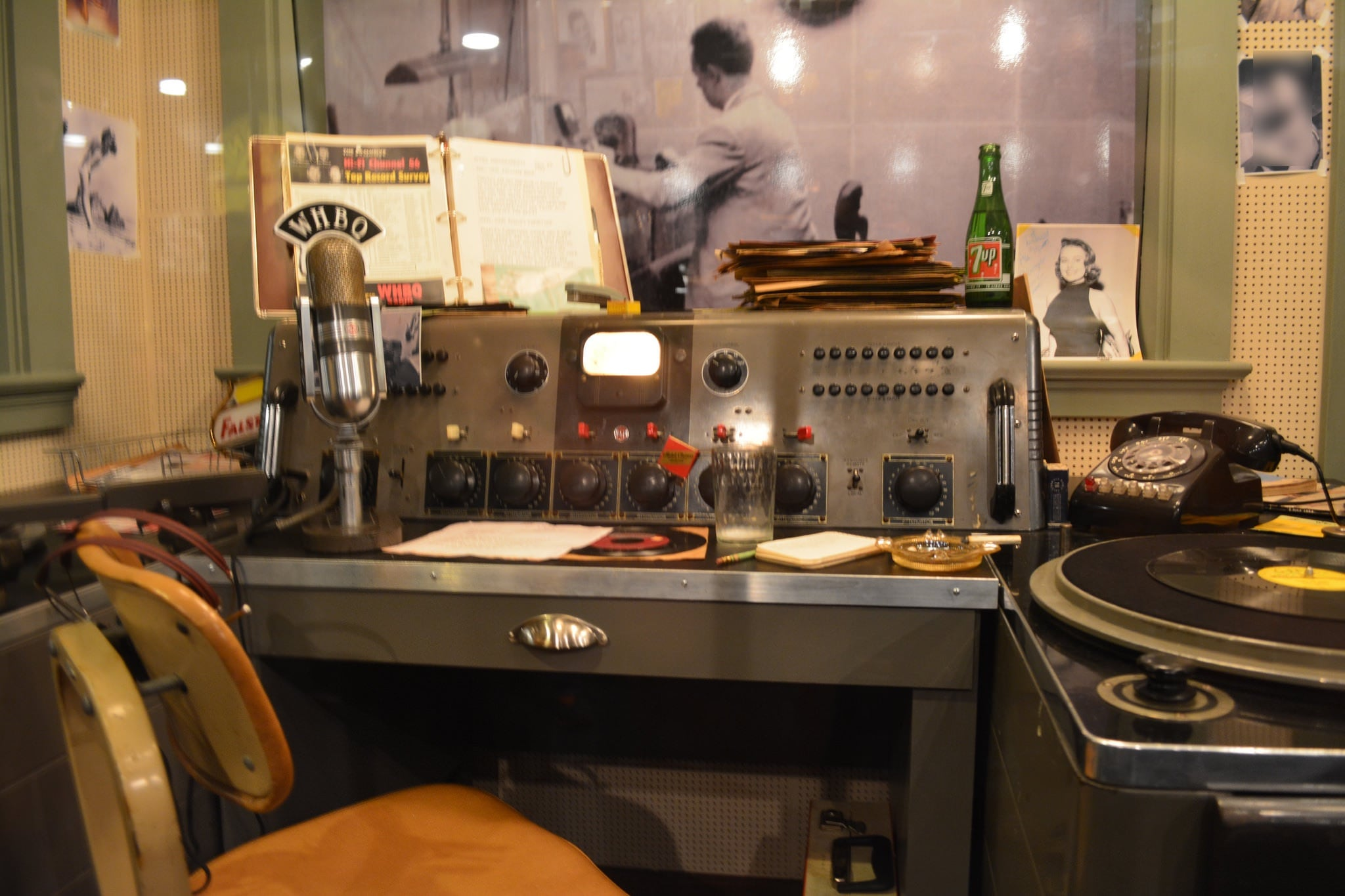 Bilde av Sun Studio. vintage djbooth sunstudio