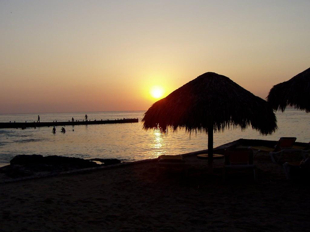 תמונה של Playa San Juan. sunset beach mexico olympus caribbean cozumel c720uz olympusc720uz