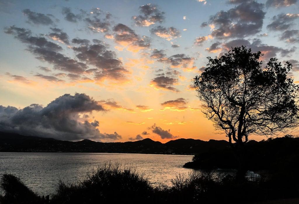 Image de Quarantine Point. sunrise grenada saintgeorge thelime quarantinepoint grandansebay
