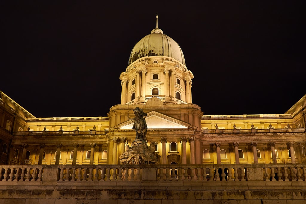 Bilde av Buda Castle. bu20509 budacastle hungary budapest castle night nightphotography nightview