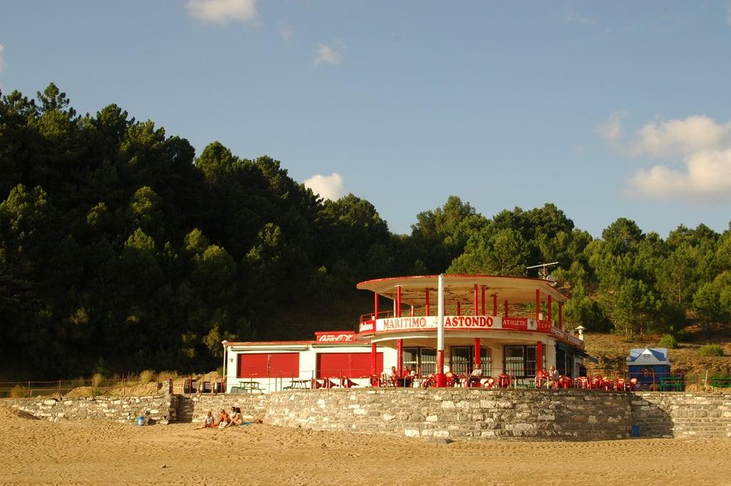 Bild von Astondo hondartza. sea beach spain gorliz cafetaria xiffy