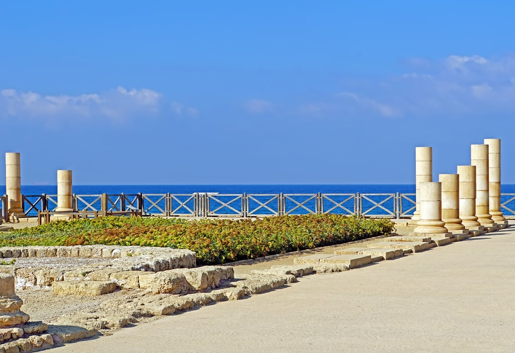 Image of Caesarea Harbour. israel globus sony a6300 ilce6300 18200mm 1650mm mirrorless free freepicture archer10 dennis jarvis dennisgjarvis dennisjarvis iamcanadian novascotia canada mediterranean sea middleeast caesarea nationalpark roman ruins theatre hippodrome statues palace