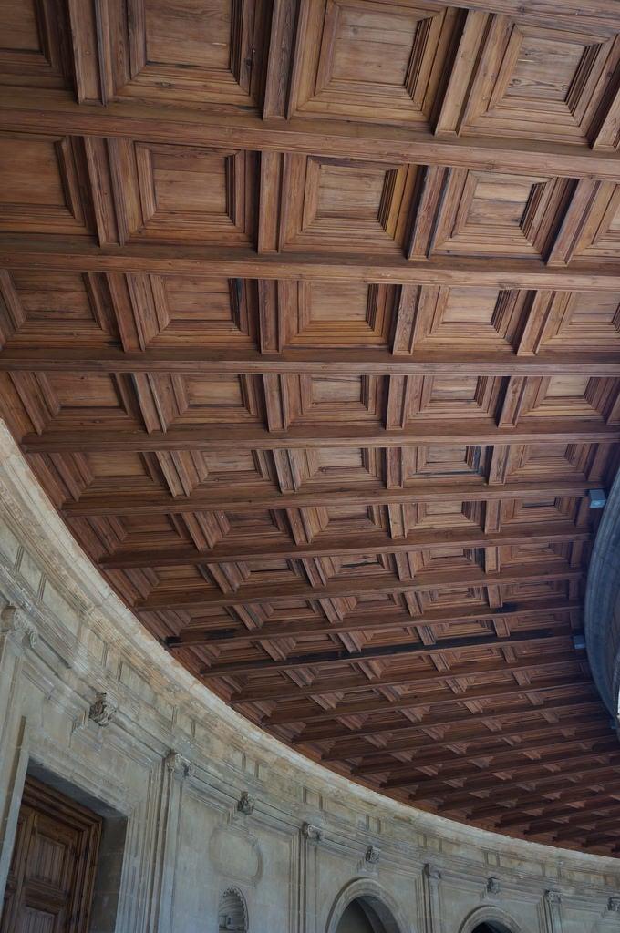 Billede af Palace of Charles V i nærheden af Granada. file:md5sum=98fd059f550e43f56b49995d7ad8de0a file:sha1sig=6524a6be7299dad35162779590e47d0241cd44fd spain andalusia