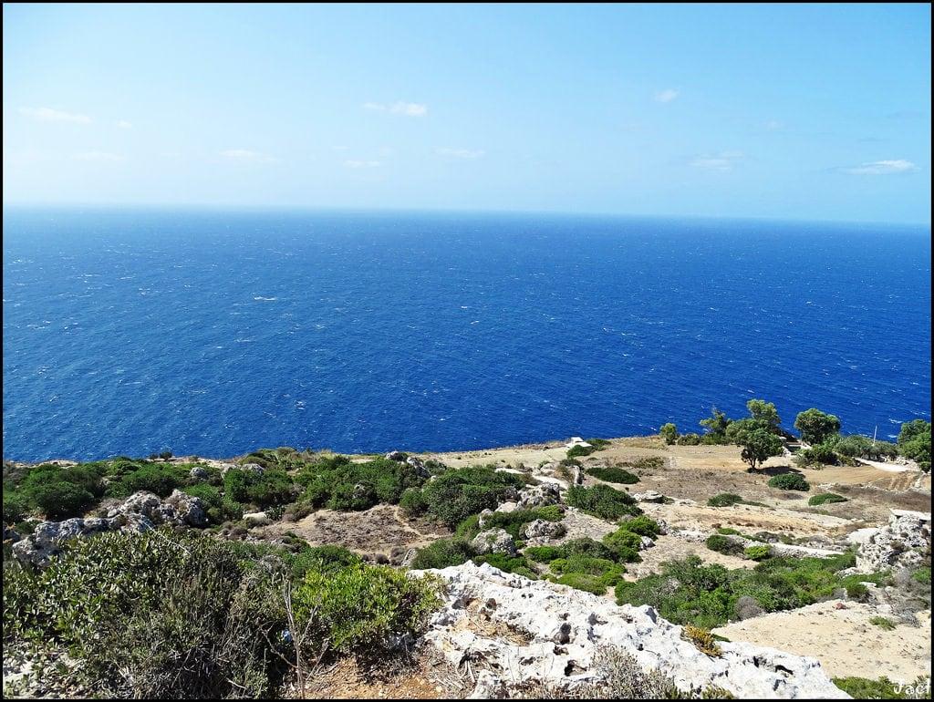 Immagine di Dingli Cliffs. malta europe europa marmediterraneo mediterraneansea acantilado acantilados cliffs dinglicliffs isla island