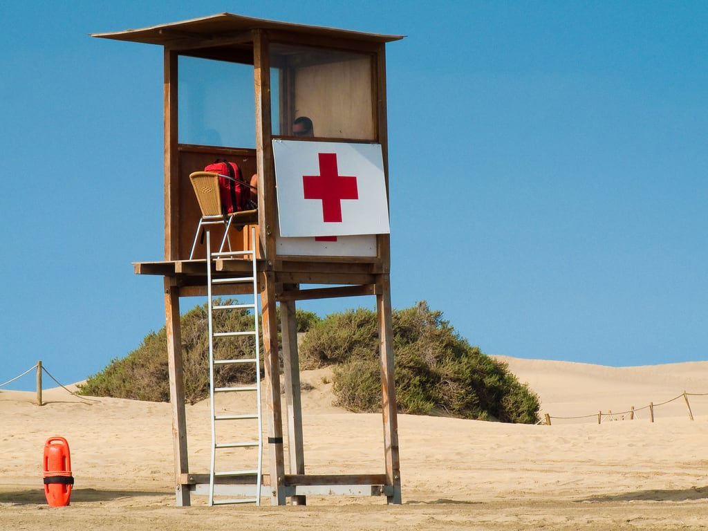 Hình ảnh của Nudist Beach Playa del Inglés. beach grancanaria sand guard canarias security lonliness redcross maspalomas cruzroja salvamento estebanluiscabrerasantiago