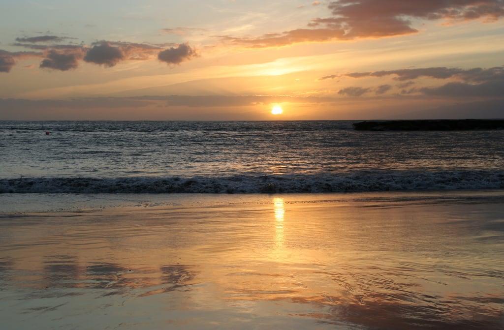 Image de Playa de Fañabe près de Playa de las Américas. tenerife sunset fanabebeach canaryislands evening hisgett canary islands spain