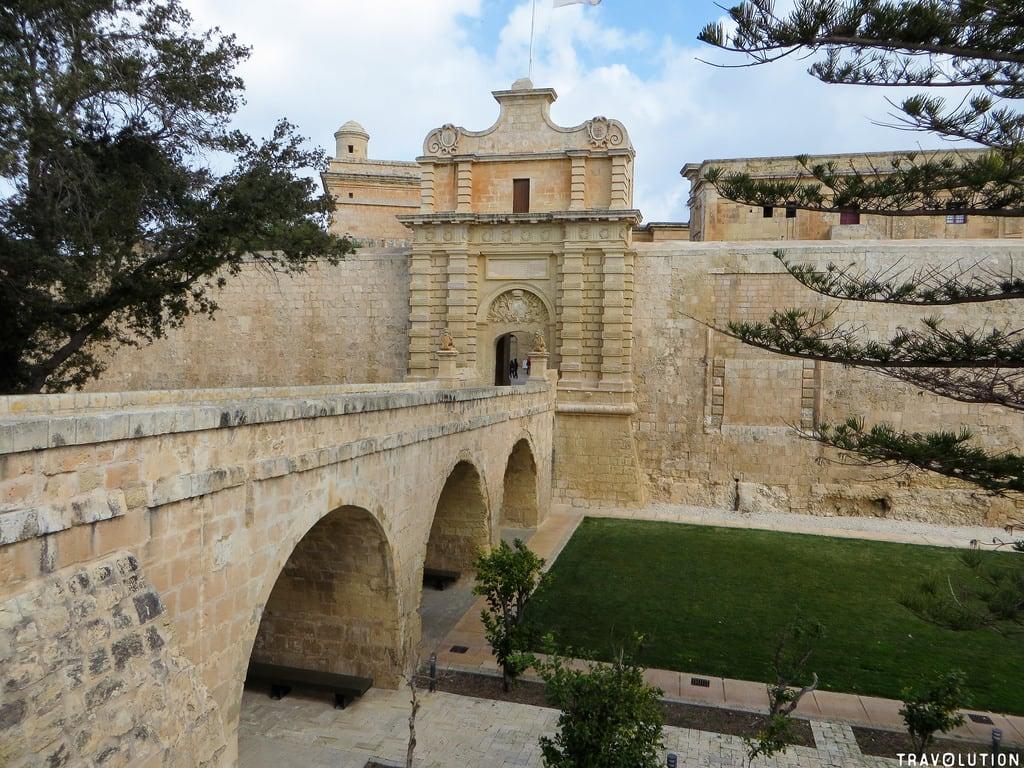 Immagine di Mdina. mdina city gate malta fortress wall knights order historical holiday travel mediteranean sea