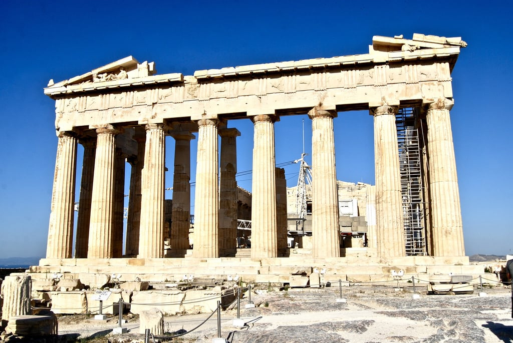 Image of Parthenon near Athens.