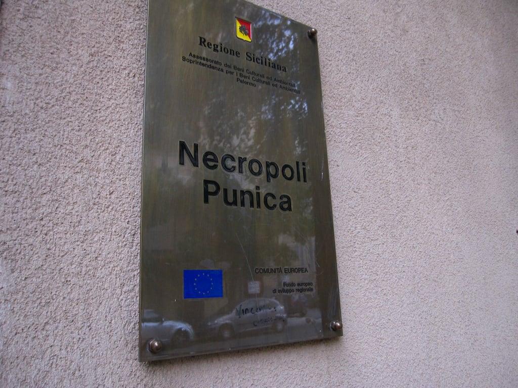 Bild von Necropoli punica. italy palermo necropolipunica