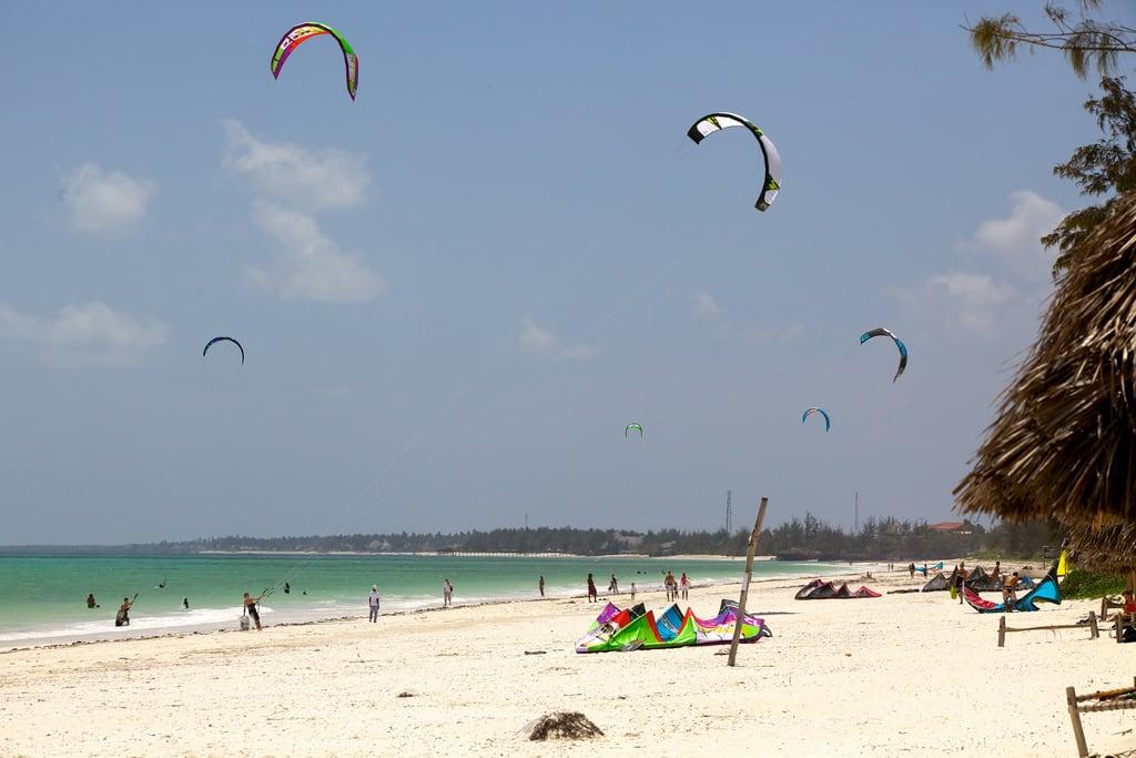 Bilde av Stranden med en lengde på 11108 meter. beach tanzania kitesurfing zanzibar 2011 paje