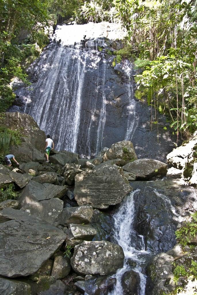 Bild von La Coca Waterfall. waterfall puertorico pr pentaxk10d