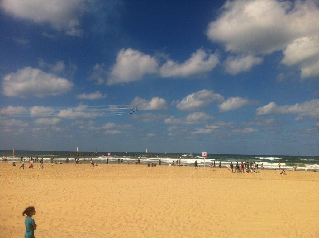 Jerusalem Beach (חוף ירושלים) Jerusalem beach közelében Tel Aviv képe. telaviv l39 breitlingjetteam