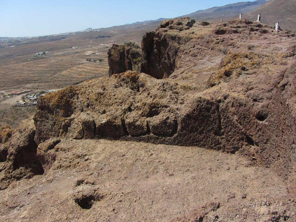 תמונה של Almogarén. archaeology grancanaria arqueologia arqueología telde yacimiento cuatropuertas almogaren wikilovesmonuments bicri550000080