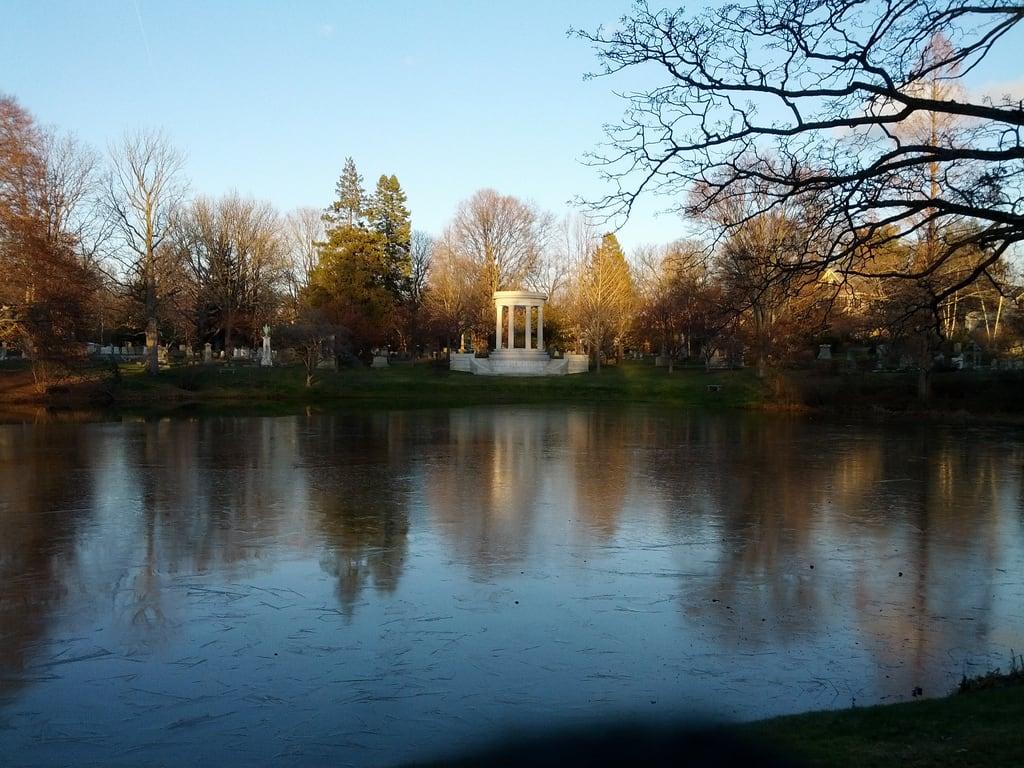 Image de Mary Baker Eddy Memorial. cemetery 365 mountauburncemetery flickrandroidapp:filter=none