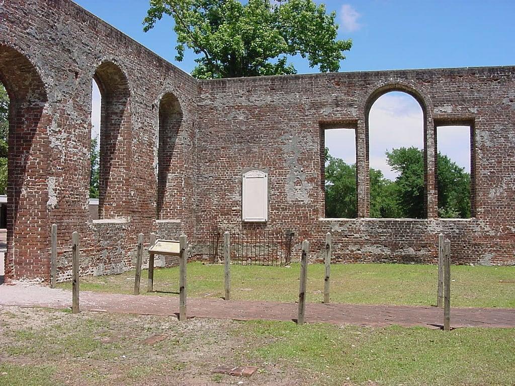 Bilde av Historic Brunswick Town nær Town of Carolina Beach. ruins northcarolina brunswickcounty ncpedia ncechoproject