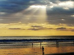 Zdjęcie:   Indonezja  Bali  Kuta  (wieczorem, zachód słońca, pomarańczowy)