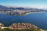 Zdjęcie:   Brazylia  Rio de Janeiro  Copacabana  (widok z góry głowa cukru, krajobraz zatoki guanabara-on, rio)